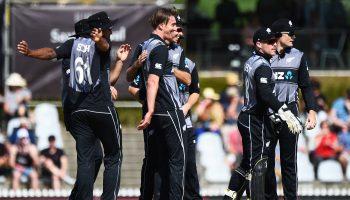 कॉलिन डी ग्रेडहोम न्यूजीलैंड ने इंग्लैंड को हराया