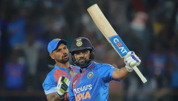 रोहित शतक विश्व अंतरराष्ट्रीय टी-20 में 25 से कम गेंदों में सबसे अधिक पचासा जड़ने वाले टॉप-3 खिलाड़ी
