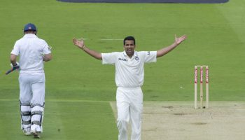 जहीर खान क्रिकेट गेंदबाज, तीन भारतीय गेंदबाज जिन्होंने सभी प्रारुप में इन बल्लेबाजों को किया सबसे अधिक बार आउट