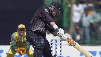 लंबे हिट - ये हैं अंतरराष्ट्रीय क्रिकेट के पांच सबसे लंबे छक्के